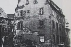 Alte_Knabenschule_Pirna_Hausansicht_DDR_desolater_Zustand